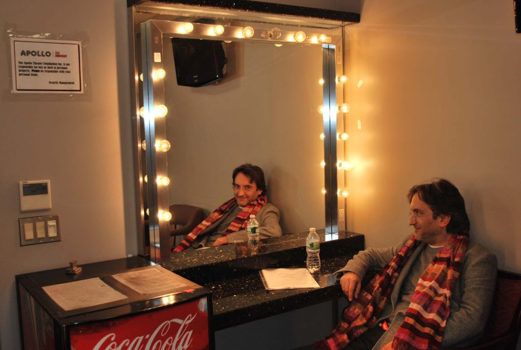 nel camerino di James Brown, Apollo Theatre, NY 2010